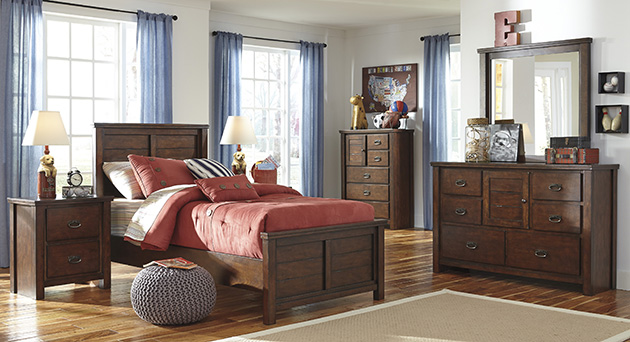 Ladiville Twin Panel Bed, Dresser, Mirror, Chest & Night Stand